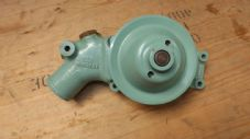 CVRT.CVRW.Jaguar J60 Water pump.  NOS